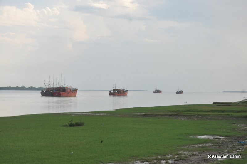 Bhitarkanika fishing harbor taken by Gautam Lahiri