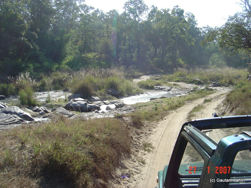 The Gypsy hugged the stream bordered dirt track, only to enter another hairpin bend and an incline at Kanha forest by Gautam Lahiri
