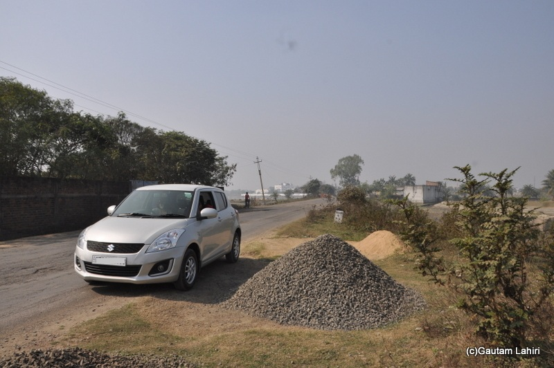 Bad road from Kolkata to Chandraketugarh, taken by Gautam Lahiri