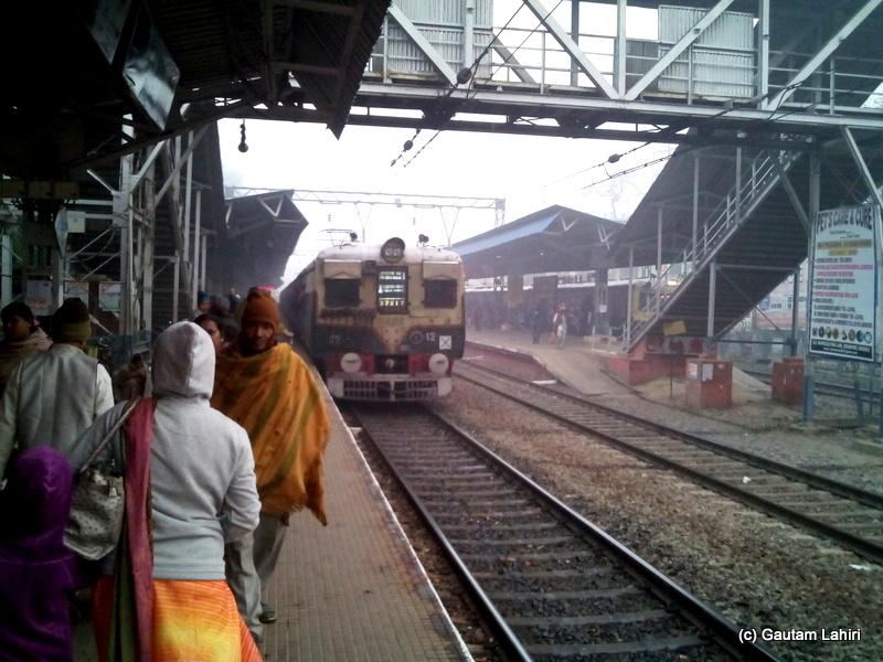 The Burdwan local which dropped us at Uttarpara station at 6.10 am by Gautam Lahiri