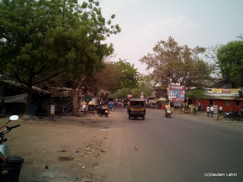 At Gaya, The main road that ran in front of the BSS was frugally decked up by Gautam Lahiri