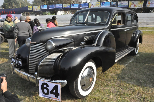 1939 Cadillac 60 Special, this big dimension-ed beefy machine in those days were popular with gangsters like 'Al Capone', used extensively as a getaway car  at Kolkata, West Bengal, India by Gautam Lahiri