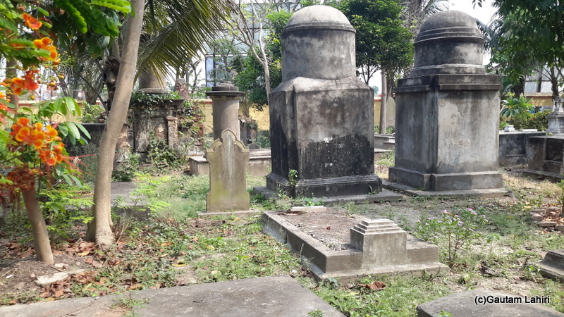 The grave of a fallen soldier in Chandannagar by Gautam Lahiri