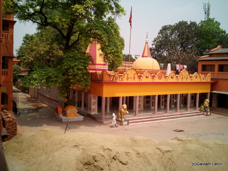 At Gaya, The BSS camp from the inside. Temples and offices neatly made the entire area. living quarters stood where the pilgrims stayed. As a pilgrim, one can stay for a maximum of 3 days by Gautam Lahiri