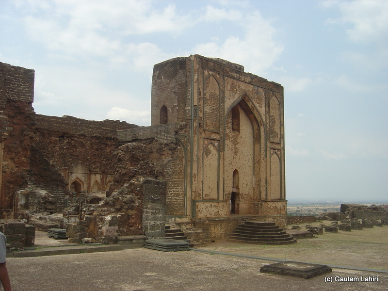 Living quarters of kings and queens. The building had lost its glory with its bared skeletons visible. The thick mortar and stone plaster at places still hold good but the emptiness screamed of loneliness at Bidar fort by Gautam Lahiri