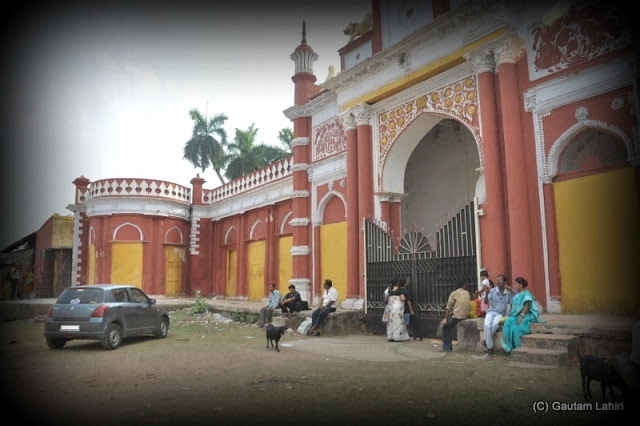 The palace entrance stands well maintained as we parked in front of it  at Krishnanagar, West Bengal, India by Gautam Lahiri